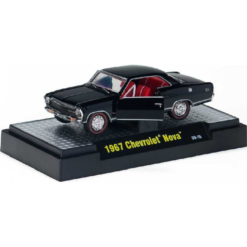 M2 Machines Detroit-Muscle 1967 Chevrolet Nova escala 1/64 R05 31600
