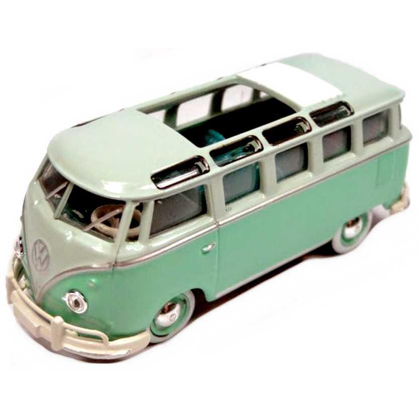 M2 Machines Volkswagen 1962 VW ( Kombi ) Microbus Deluxe USA escala 1/64 31510 R2