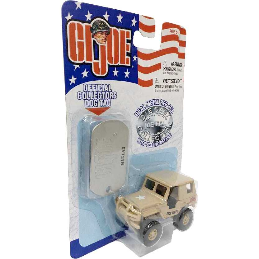 Maisto GI Joe + Dog Tag de metal M151A2 Marrom escala 1/64