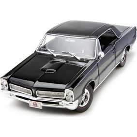 Maisto Miniaturas na escala 1/18 Pontiac GTO Hurst Edition (1965)