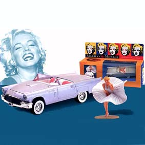 Marilyn Monroe (Ford Thunderbird)