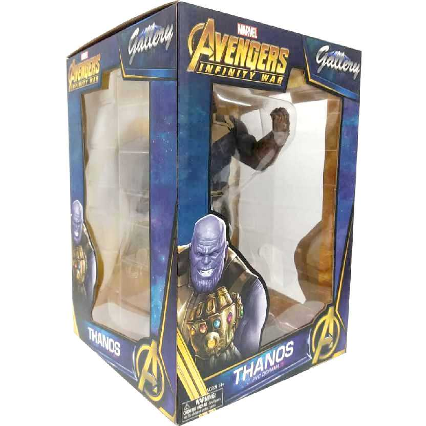 Marvel Gallery Diorama Thanos com a luva do Infinito Avengers Infinity War