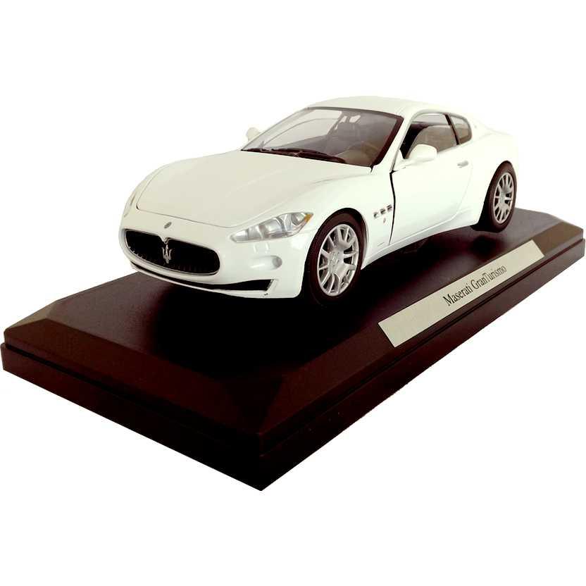 Maserati GranTurismo (branco) Motor Max escala 1/24