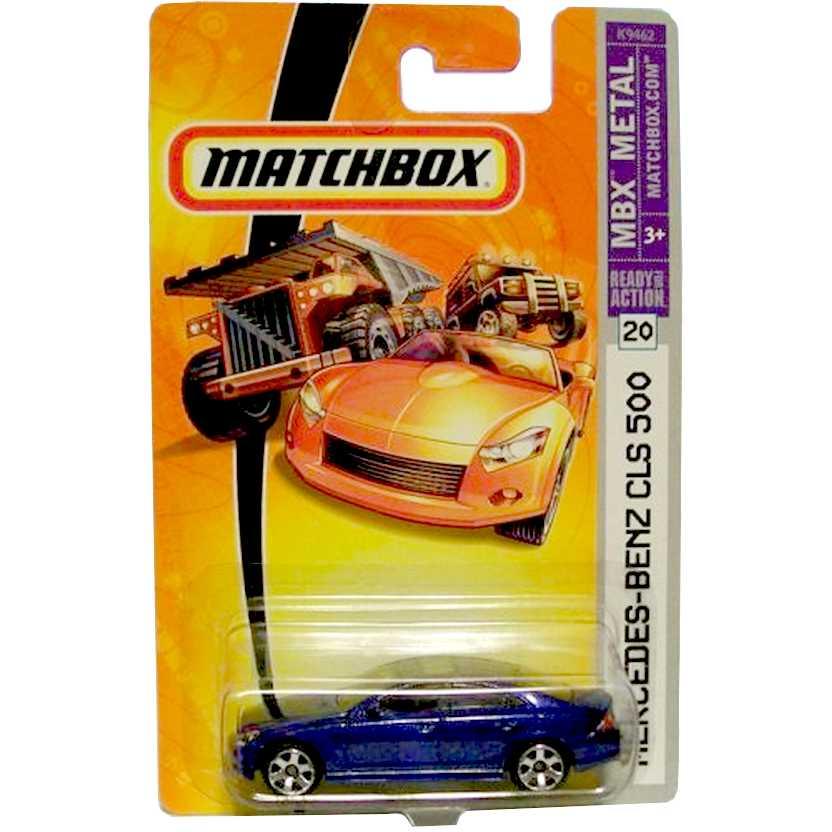 Matchbox coleção 2006 - Mercedes-Benz CLS 500 cor azul metálico escala 1/64 #20 K9462