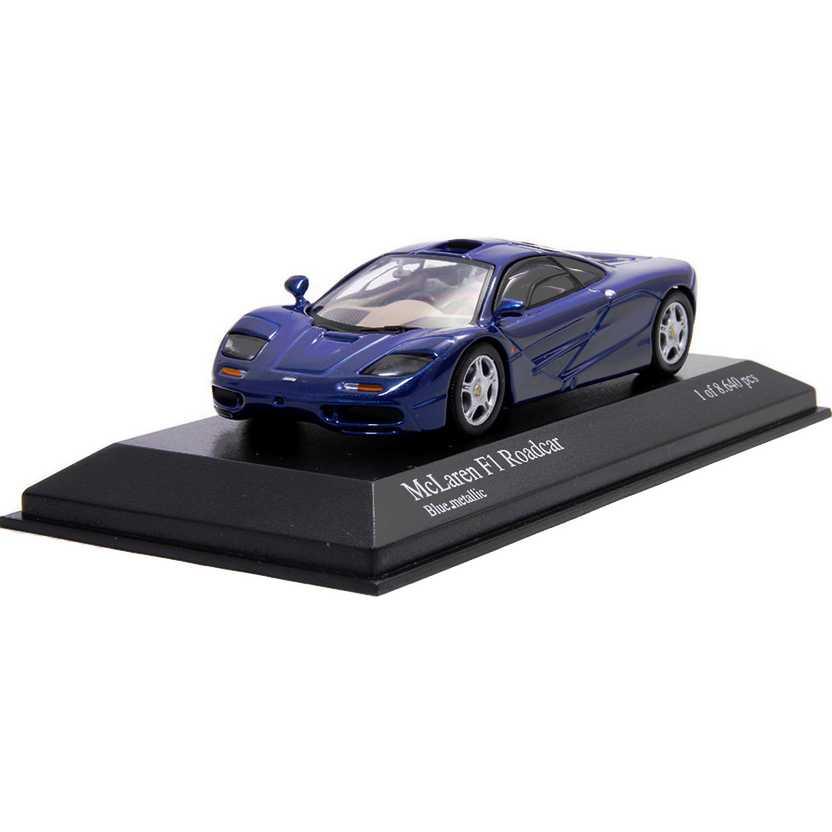 McLaren F1 Roadcar azul metálico marca Minichamps escala 1/43