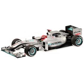 Mercedes MGP W01 Petronas Michael Schumacher (2010) escala 1/18