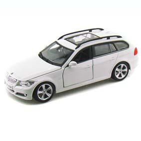 Miniatura Bburago escala 1/24 BMW 3 Series Touring Wagon (branco)