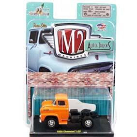 Miniatura Chevrolet Spartan LCF (1958) Miniaturas M2 Machines escala 1/64