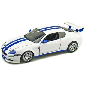 Miniatura da Maserati Trofeo marca Bburago escala 1/24