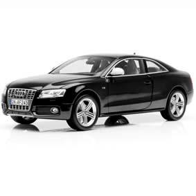 Miniatura da Norev Brasil escala 1/18 :: Audi S5 Coupe (2009)