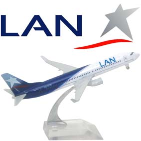 Miniatura de Avião Comercial Boeing 737 Lan Chile Airlines Brazil