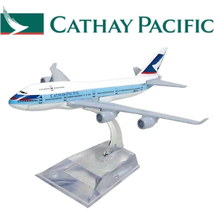 Miniatura de avião comercial Boeing 747 da Cathay Pacific airline company