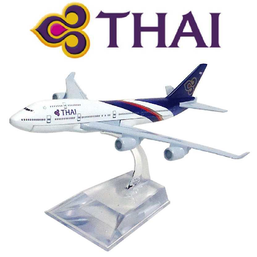 Miniatura de avião comercial da Thai airline Boeing 747 em metal
