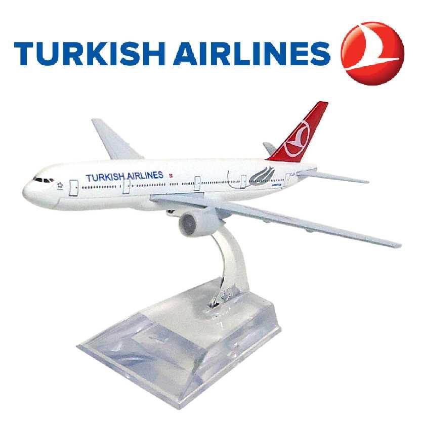 Miniatura de avião comercial da Turkish airlines Boeing 777 em metal
