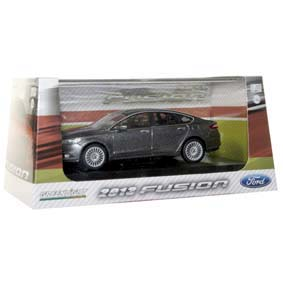 Miniatura de Ford Fusion (2013) marca Greenlight escala 1/43