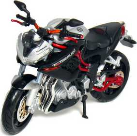 Miniatura de Moto Maisto :: Benelli TNT Titanium escala 1/12