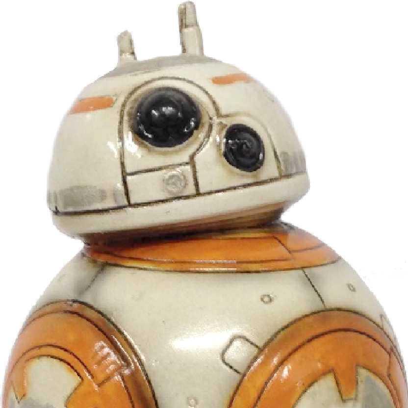 Miniatura do droid BB-8 (Star Wars) diorama do robô