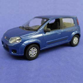 Miniatura do Novo Uno Atractive da Fiat