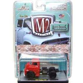 Miniatura M2 Machines escala 1/64 1957 Dodge COE Truck