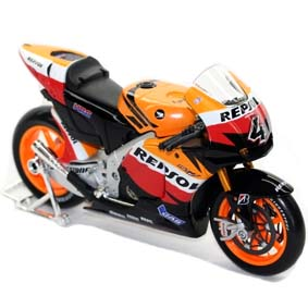 Miniatura MotoGP Maisto Repsol Honda Team (2010) Andrea Dovizioso escala 1/10