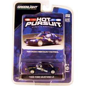 Miniaturas de Carros Escala 1/64 Ford Mustang LX Nevada Police (1989) R6 42630