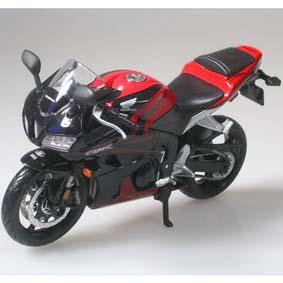 Miniaturas de Moto Maisto escala 1/12 :: Honda CBR600RR