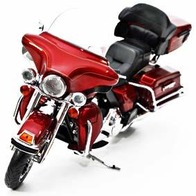 Miniaturas Highway 61 Harley-Davidson / 2010 Ultraclassic Electra Glide escala 1/12