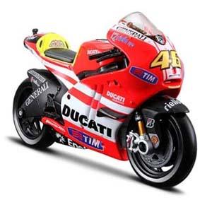 Miniaturas Moto GP 2011 Maisto :: Valentino Rossi No 46 Ducati Desmosedici 1/18