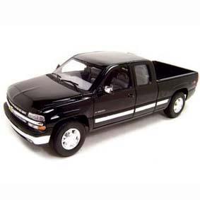Miniaturas Welly Diecast Toys Brasil :: Chevrolet Silverado (1999) Cabine Estendida 1/18