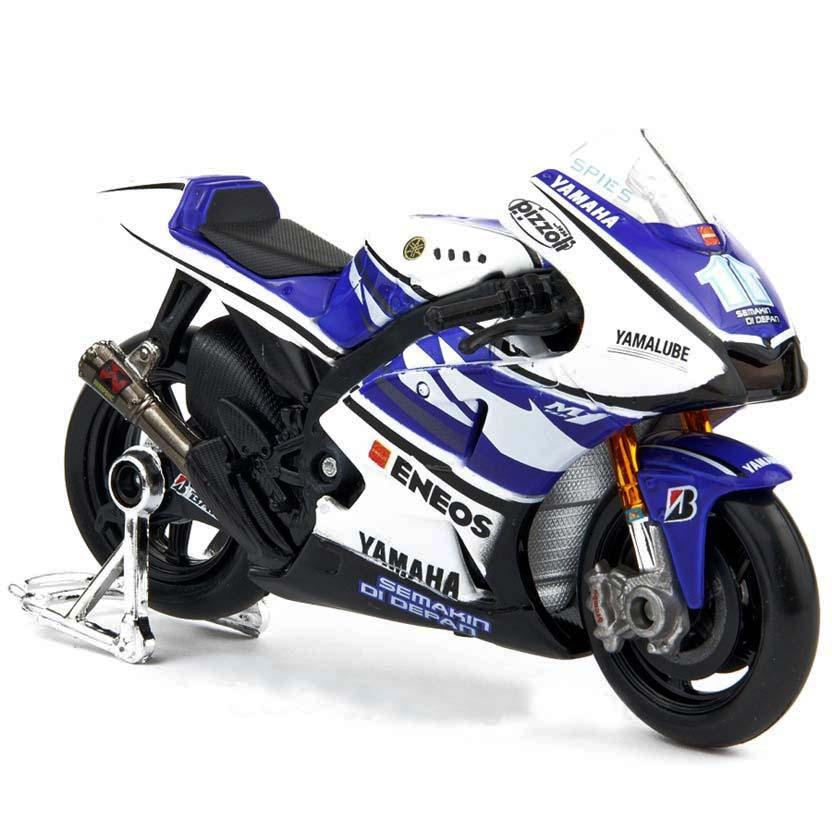 Moto GP 2012 Yamaha YZR-M1 Factoy Racing Team Ben Spies No 11 : Maisto escala 1/10