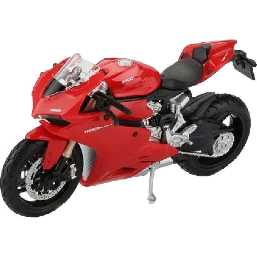 Moto Maisto escala 1/18 : Ducati 1199 Panigale (2011)