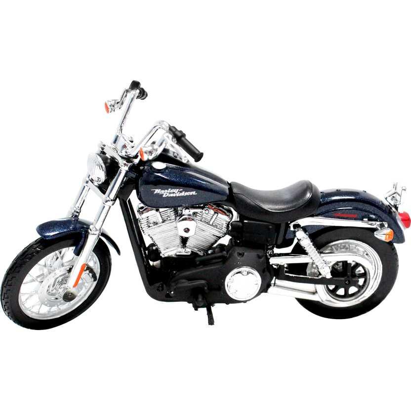 Moto Maisto Harley-Davidson 2006 FXDBI Dyna Street Bob S-32 escala 1/18