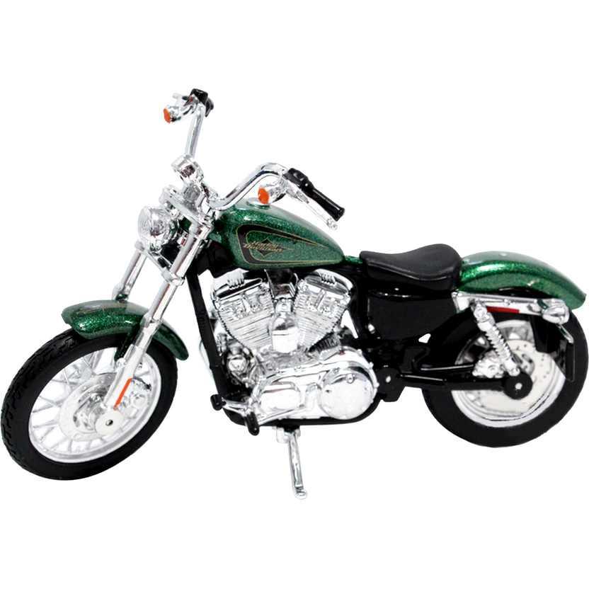 Moto Maisto Harley-Davidson 2012 XL 1200V Seventy-Two S-32 escala 1/18