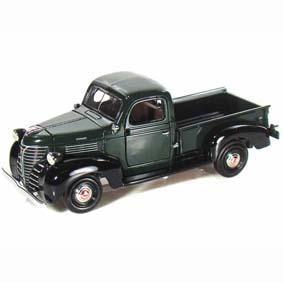 Motormax Diecast Miniaturas :: Plymouth Pickup (1941) escala 1/24