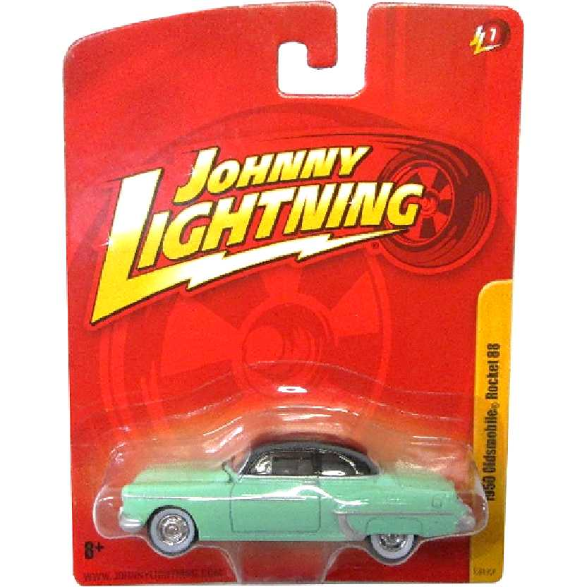 Oldsmobile Rocket 88 (1950) Johnny Lightning 53919QP release 7 escala 1/64