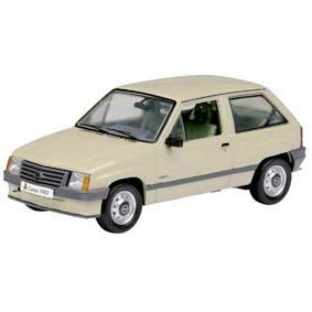 Opel Corsa A escala 1/43