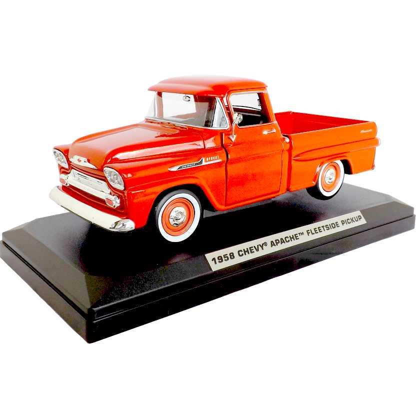 Pickup Chevrolet Apache Fleetside (1958) cor laranja - Motor Max escala 1/24