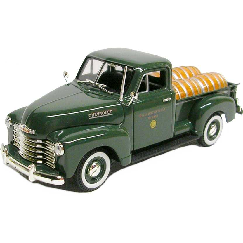 Pickup Chevrolet com Barris de vinho (1950) Chevy Barrels marca Signature Models escala 1/32