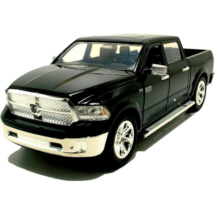 Pickup Dodge Ram 1500 preto (2014) marca Jada escala 1/24