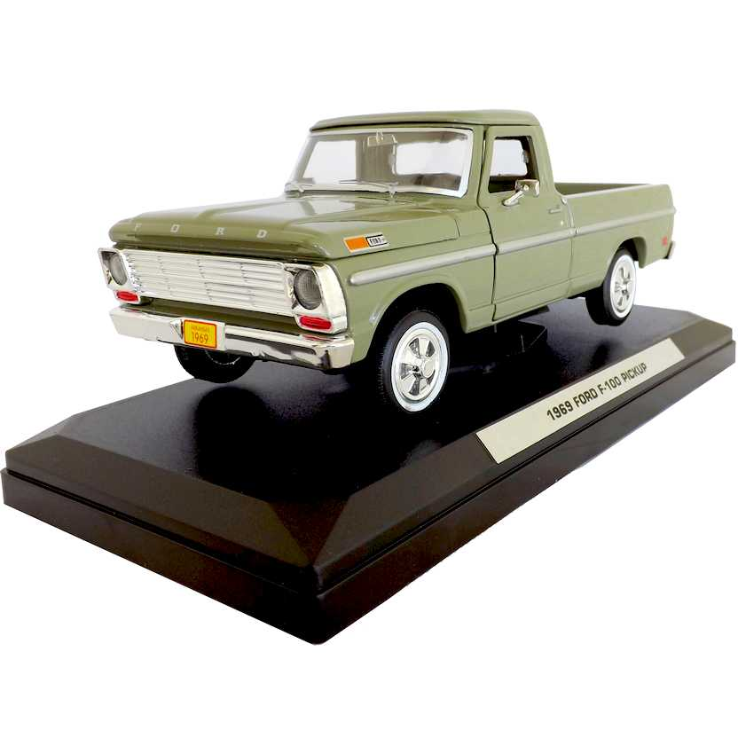 Pickup Ford F-100 (1969) similar a F-1000 do Brasil - Motor Max escala 1/24