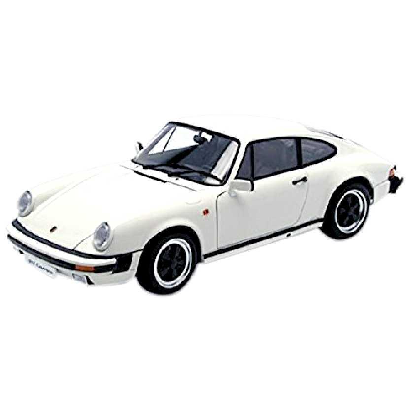 Porsche 911 Carrera 3.2 (1988) 78012 marca AutoArt escala 1/18