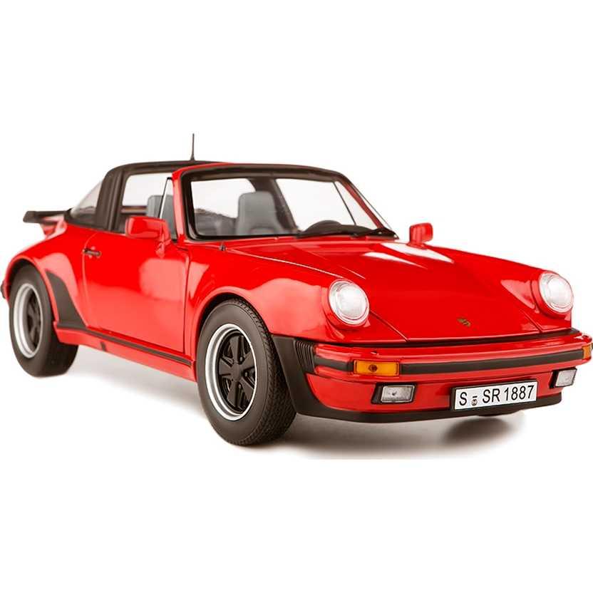 Porsche 911 turbo 3.3L targa (1987) acarpetado marca Norev escala 1/18