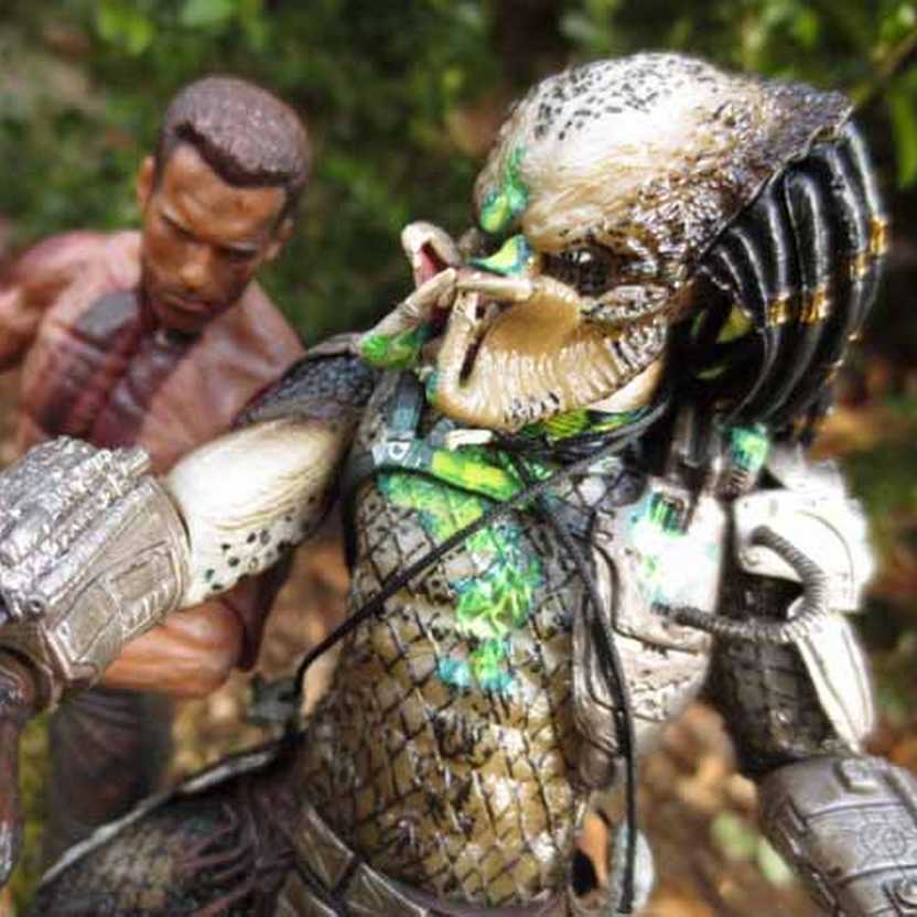 Predador Neca - Predator The Final Battle - Dutch Schaefer vs Jungle Hunter (Aberto)