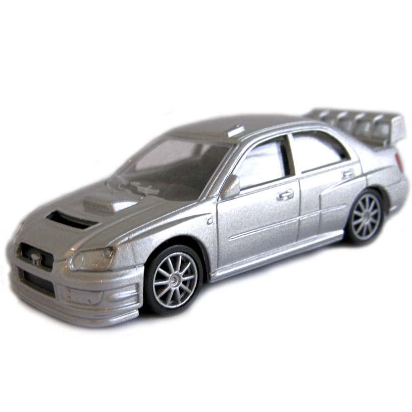Subaru Impreza WRC 2003 escala 1/64 (aberto)