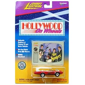The Monkees com logo na porta da Johnny Light Hollywood On Wheels