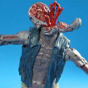 The Walking Dead bonecos Mcfarlane / Zombie Roamer (aberto)