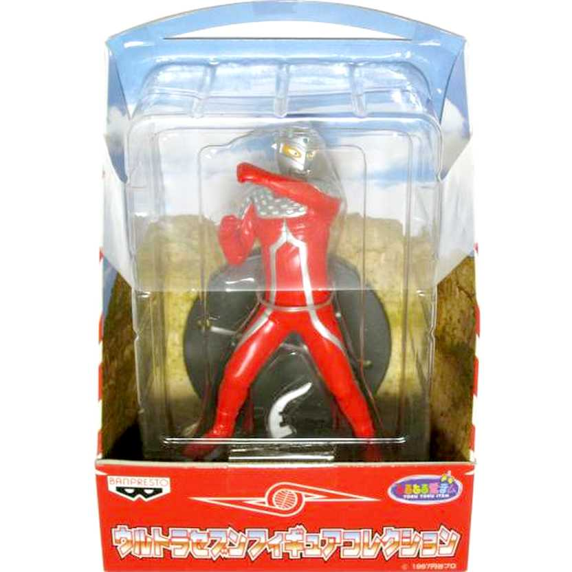 Ultraseven Banpresto com base