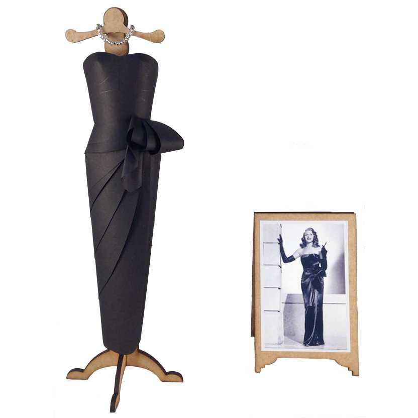 Vestido de papel da Rita Hayworth do filme Gilda Put The Blame On Mame
