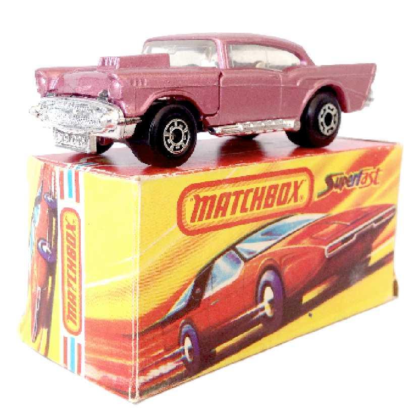 Vintage 1979 Matchbox anos 70 Lesney Antigo 75 #4 57 Chevy pink (rosa) escala 1/64