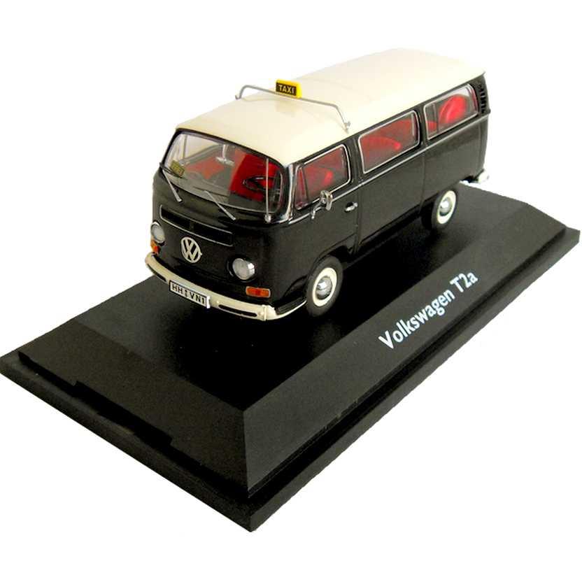 Volkswage Kombi Taxi - VW Bus T2a marca Schuco escala 1/43